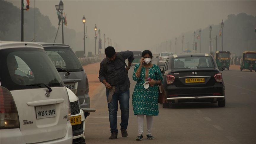 Yeni Delhi'de hava kirliliği 'tehlikeli' seviyede