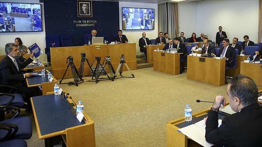 Yeni vergi düzenlemesinin 31 maddesi komisyonda kabul edildi