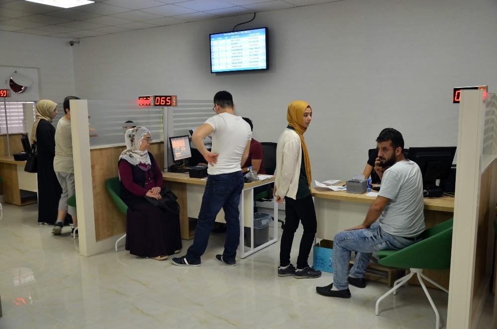 Yenilenen ilçe nüfus müdürlükleri Adanalılara hizmet vermeye başladı