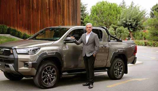 Yenilmez Toyota Hilux Türkiye'ye iddialı geldi