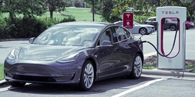 Yerli otomobil sonrası Tesla'dan Türkiye hamlesi