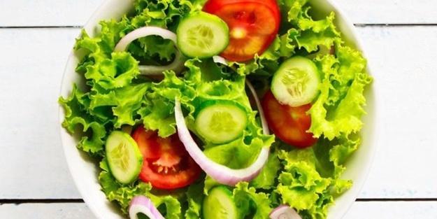 Yeşil salata nasıl yapılır? Pratik ve lezzetli yeşil salata tarifleri