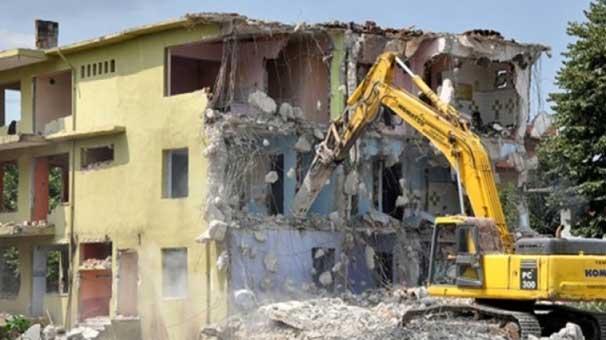 Yıkılacak binalarda büyük asbest tehlikesi