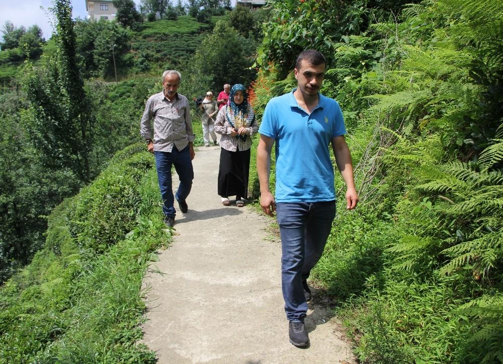 Yol için arazisini vermeyen bir kişi 25 haneyi yolsuz bırakıyor