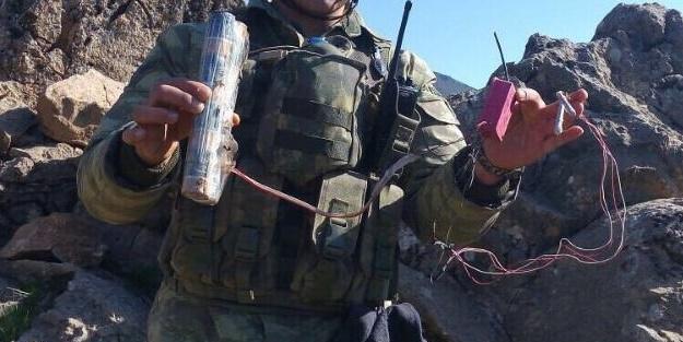 Yola patlayıcı döşeyen PKK'lılar gebertildi!