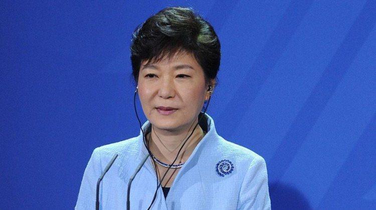 Yolsuzluk skandalına karışan Park Geun-hye: Üzgünüm