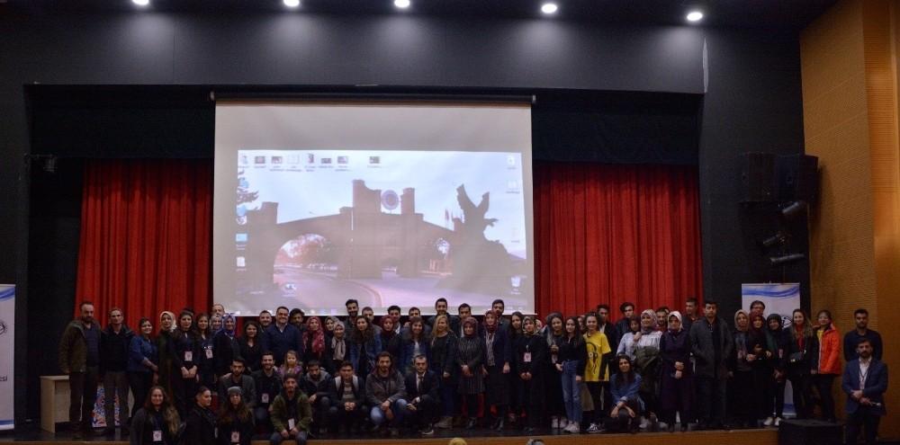 Yönetmen Mustafa Karadeniz, Atatürk Üniversitesi'nde