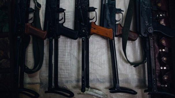 YPG, ABD'nin verdiği silahları 13 ana depoda topluyor