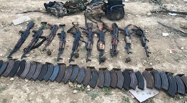 YPG/PKK'nın inleri didik didik aranıyor