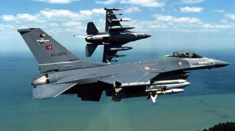 Yunan basını: Türk uçakları 141 kez ihlal etti