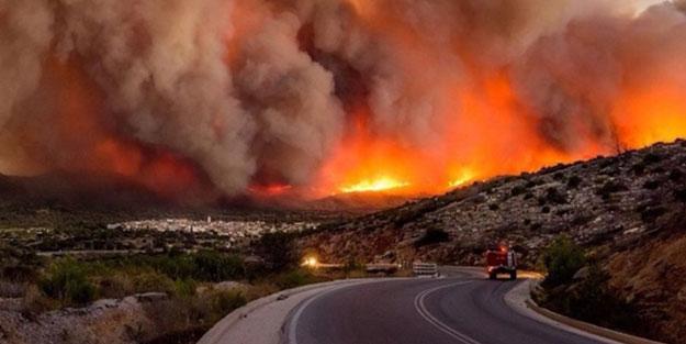 Yunan basınından bomba iddia: Türkiye'yi suçlamak isteyen ABD, Yunanistan'da orman yangını çıkardı