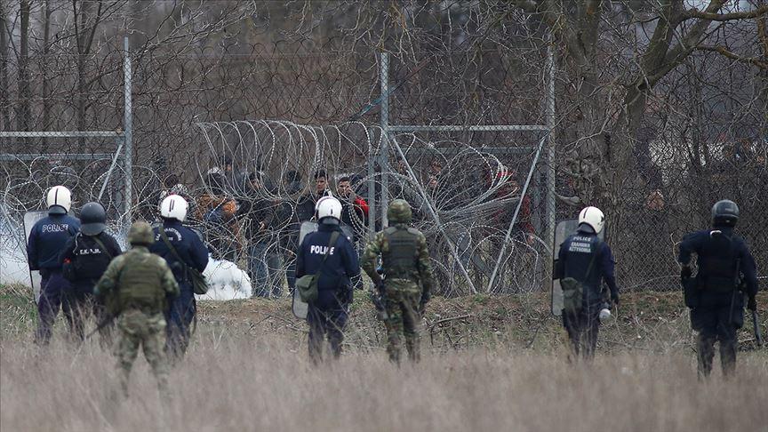 Yunan güvenlik güçlerinin plastik mermiye saplanması için tel yerleştirdiği iddiası