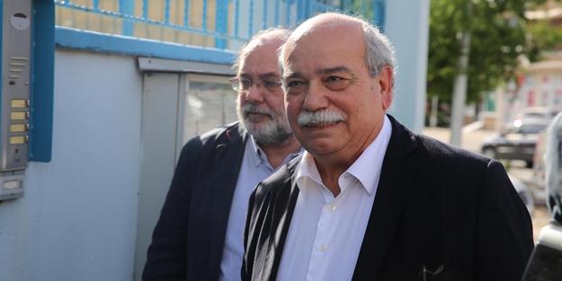 Yunan Meclis Başkanı'ndan tutuklu Yunan askerlere ziyaret