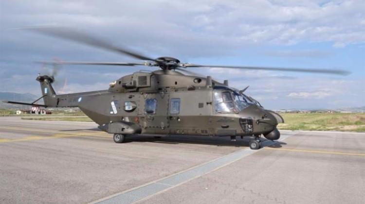 Yunan ordusuna ait helikopter kayboldu