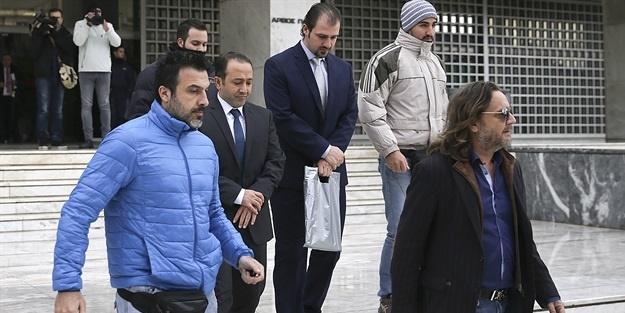 Yunan savcı 'darbecileri iade etmeyin' dedi