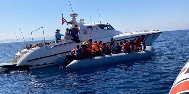 Yunan tarafından itilen 44 göçmen kurtarıldı
