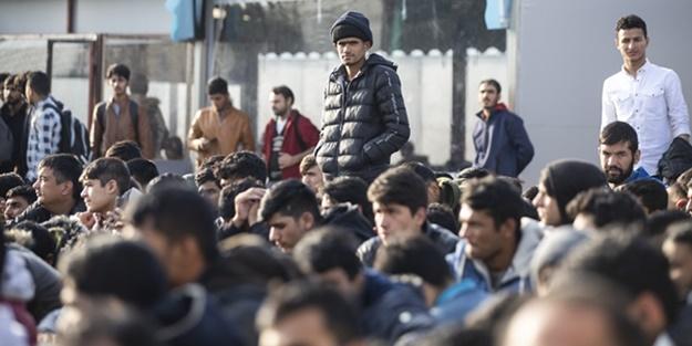Yunan zulmüne uğrayan göçmenler yaşadıklarını anlattı: Bizi dövüp Türkiye tarafına attılar