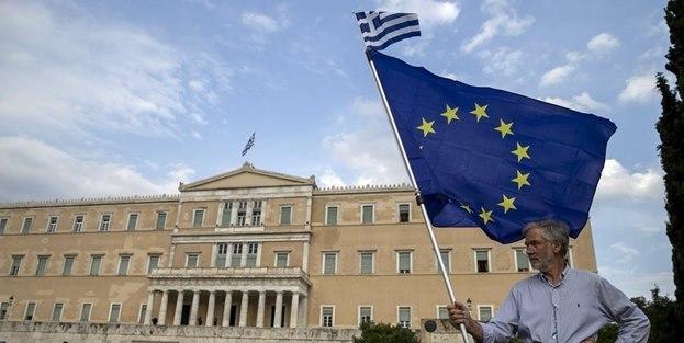 Yunanistan'da bir tek Türkler kaldı