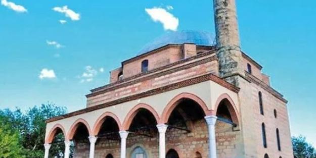 Yunanistan'da camiye çirkin saldırı