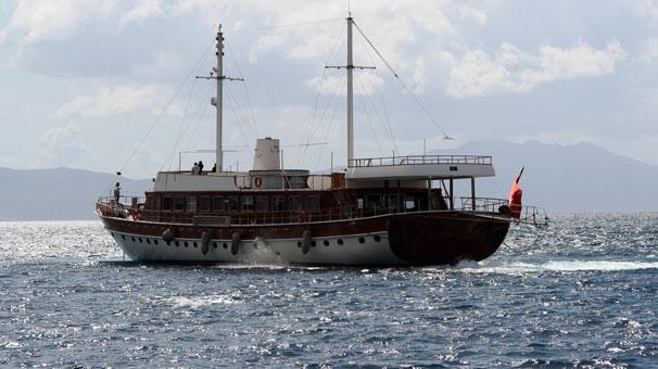 Yunanistan'ın rehin aldığı milyon dolarlık Türk teknesi Bodrum'da