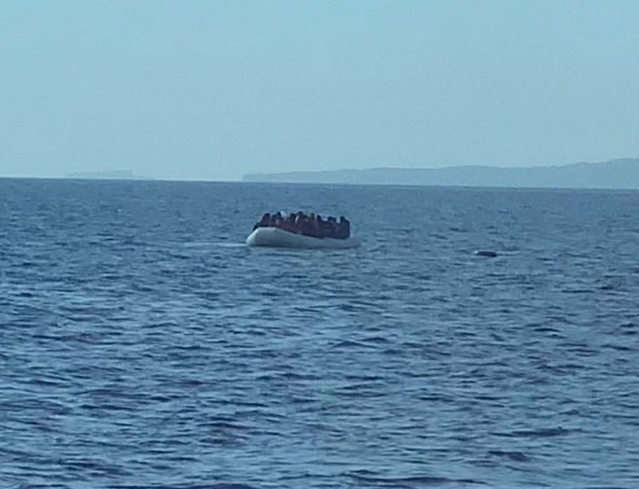 Yunanlıların ölüme terk ettiği 134 göçmeni Sahil Güvenlik kurtardı