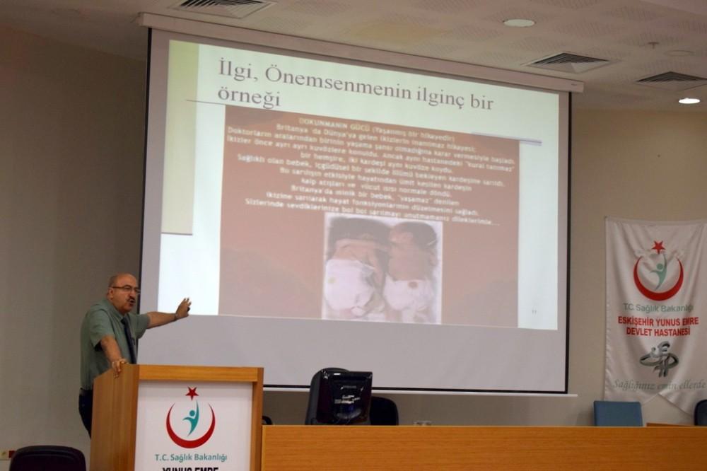 Yunus Emre Devlet Hastanesi'nde 'Manevi Destek Programı' eğitimi