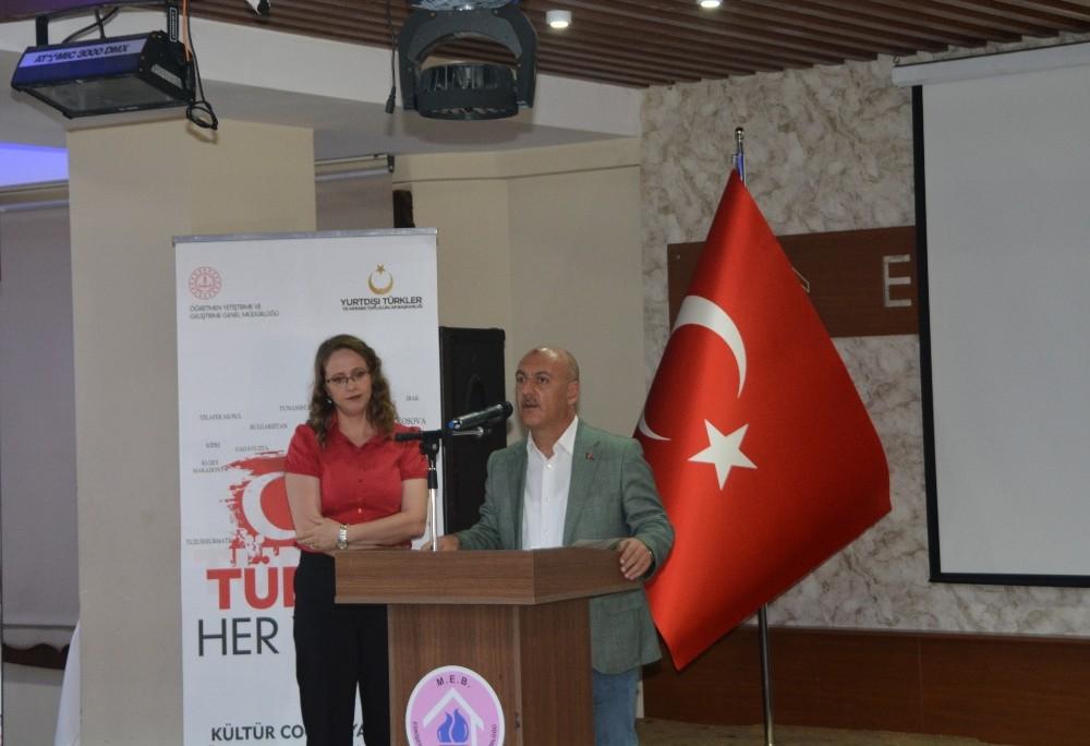Yurt Dışında Yaşayan Türk Çocuklarına Türkçe Öğretimi Eğitici Eğitimi Kursu sona erdi