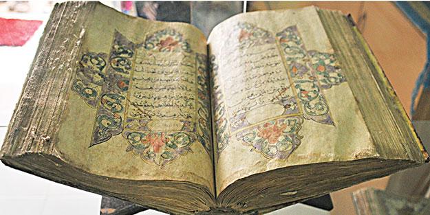Yüzlerce yıllık kutsal emanetler iHH ile onarıldı