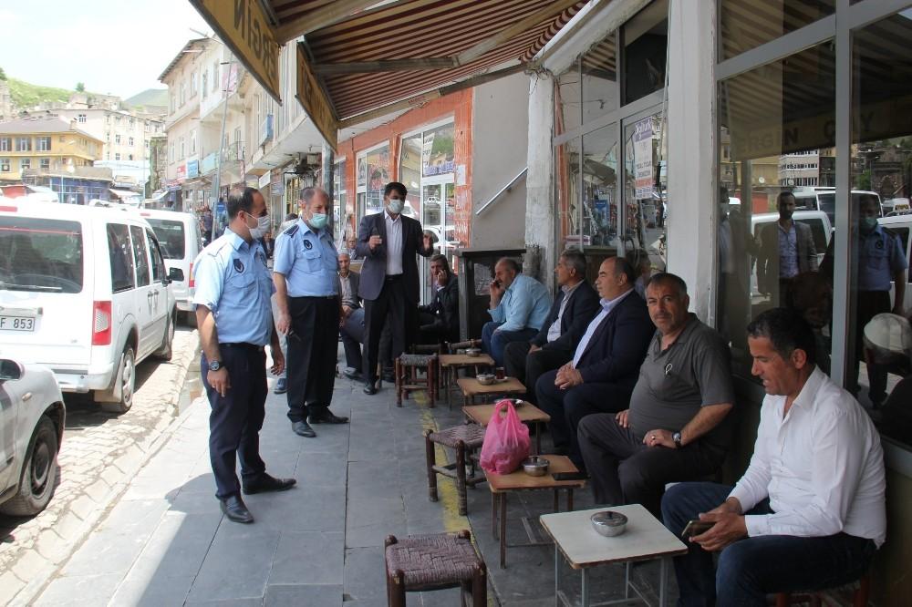 Zabıta ekipleri korona için sokakta