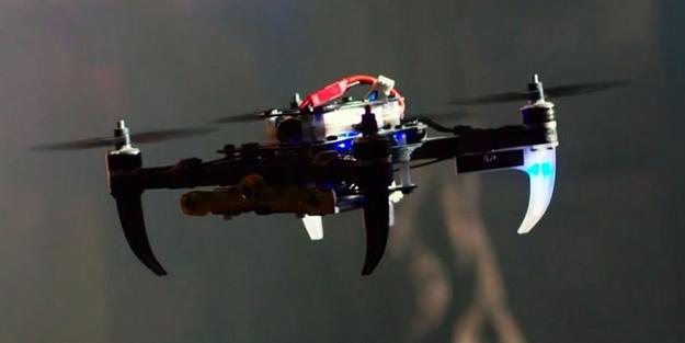 """Zehir tacirlerine """"drone"""" baskını"""