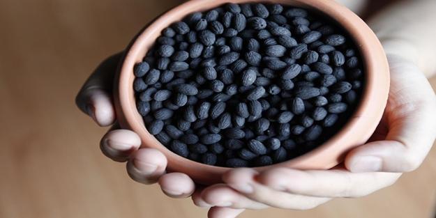 Zeytinin çekirdeğini yutarsanız ne olur? Zeytin çekirdeği yutulmalı mı?