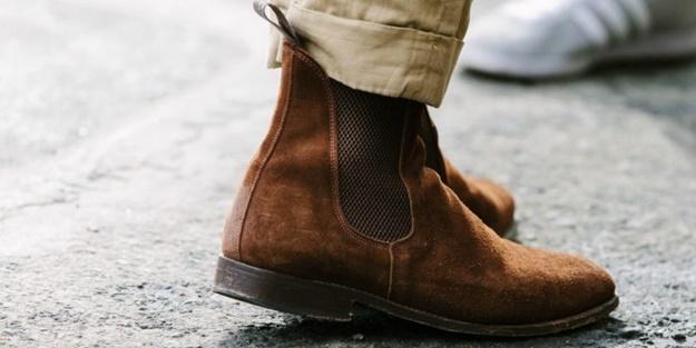 Zift lekesi ayakkabıdan nasıl çıkarılır?