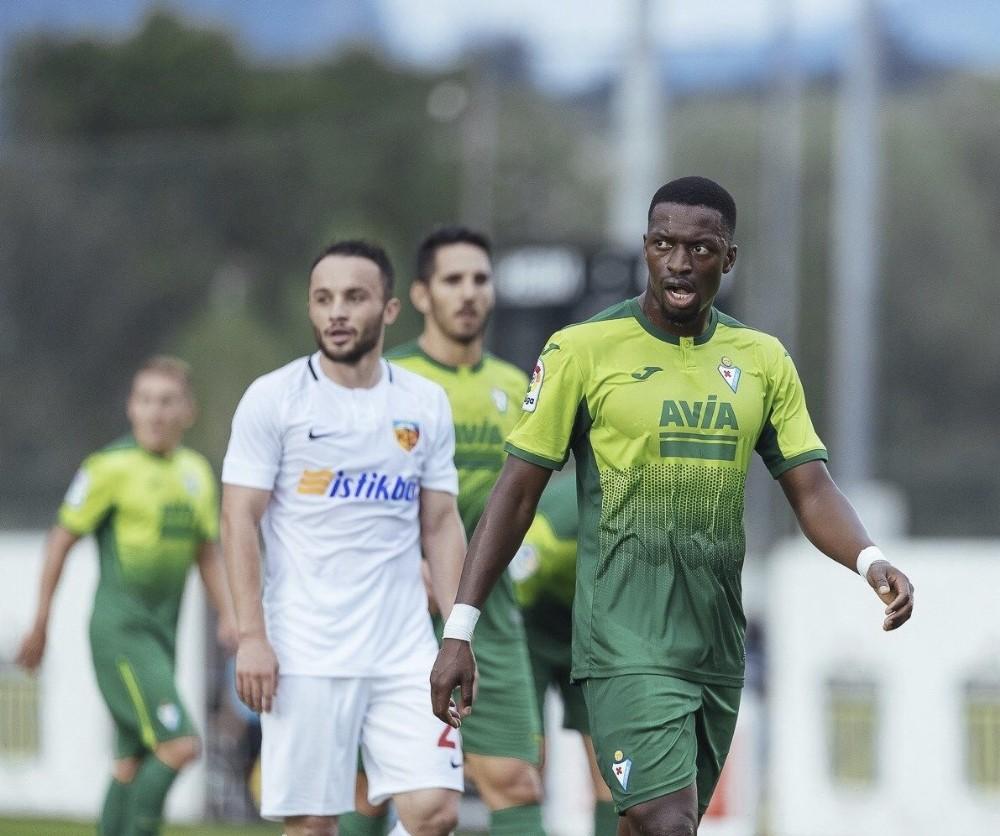 Ziya Alkurt ilk golünü attı
