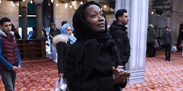 Ziyaret için geldiği Türkiye'de Müslüman olmuştu... Ünlü şarkıcı: Allah beni İslam'la ödüllendirdi