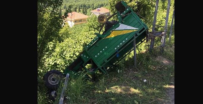 Zonguldak'ta lastiği patlayan tarım aracı takla attı: 6 yaralı