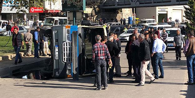 Zonguldak'ta yolcu minibüsü devrildi: Çok sayıda yaralı var