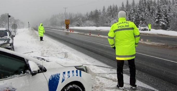 Zorunlu kış lastiği takmayanlara 625 lira ceza kesildi