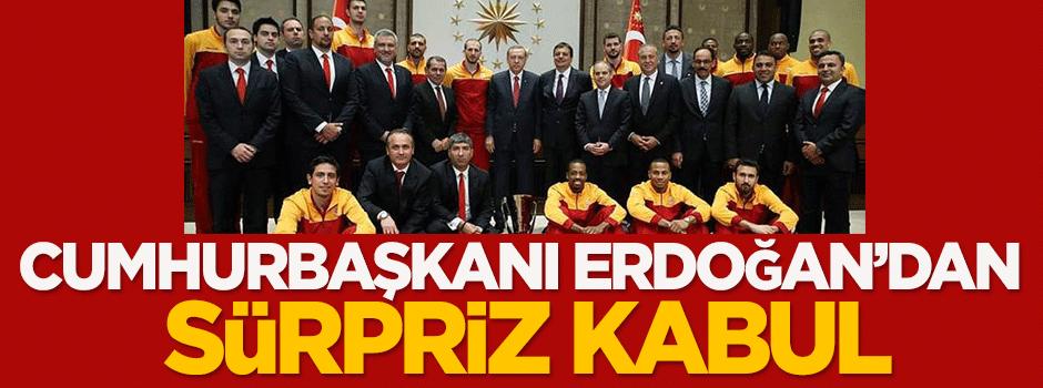 Erdoğan'dan Külliye'de sürpriz kabul
