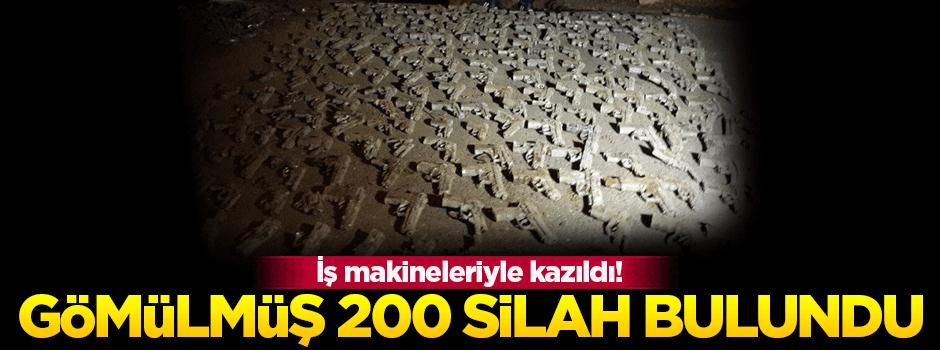 Üsküdar'da toprağa gömülmüş 200 silah bulundu