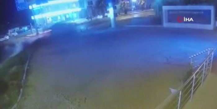 2 kişinin öldüğü feci kaza güvenlik kamerasınca saniye saniye kaydedildi