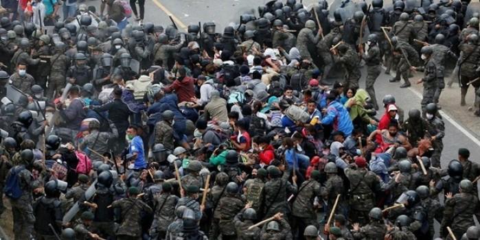ABD'ye girmeye çalışan göçmenlere Guatemala ordusundan sert müdahale