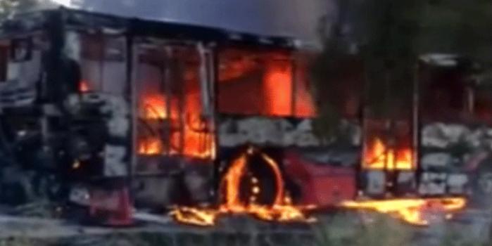 Adana'da otobüs feci şekilde yandı
