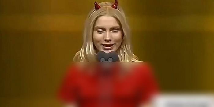 Aleyna Tilki o gruba selam mı çaktı? Dikkat çeken görüntüler