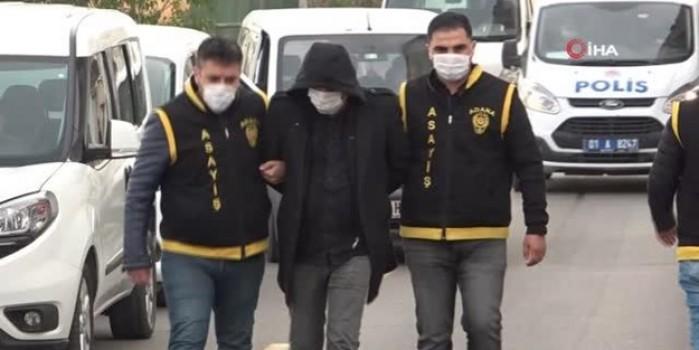 Arama bahanesiyle soygun yapan sahte polisi gerçek polis yakaladı