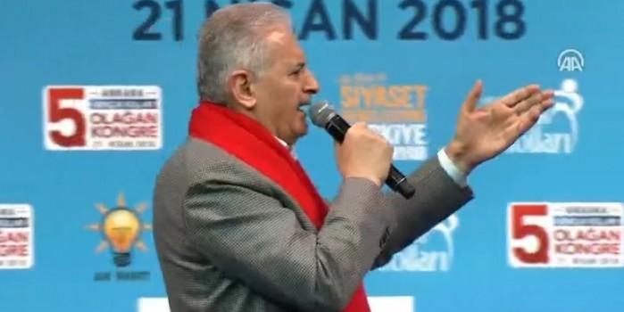 Başbakan Binali Yıldırım şarkı söyledi