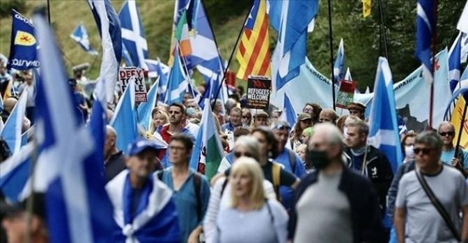 'Birleşik Krallık'tan ayrılmak istiyoruz'