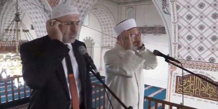 Bulgaristan'da çifte ezan okuyan Ali Erbaş ile Hafız Osman Şahin dinleyenleri mest etti!