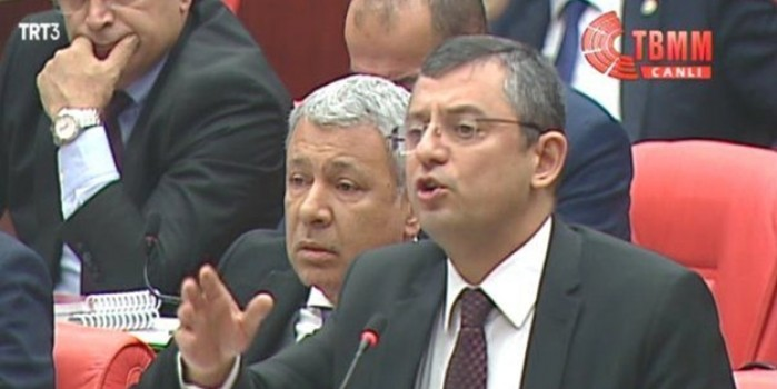 Büyük ahlaksız! CHP'li Özgür Özel isim İslam adına hüküm verip iftira attı