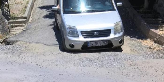 CHP'li Şişli Belediyesi çukurları kapatmaktan aciz!