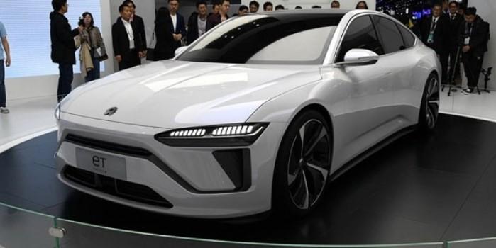 Çin 'Tesla katili'ni tanıttı